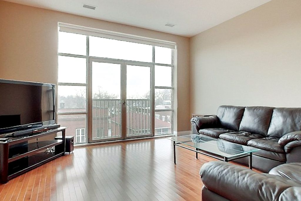 165 Duke - Luxury lofts steps to King St. in downtown Kitchener!
