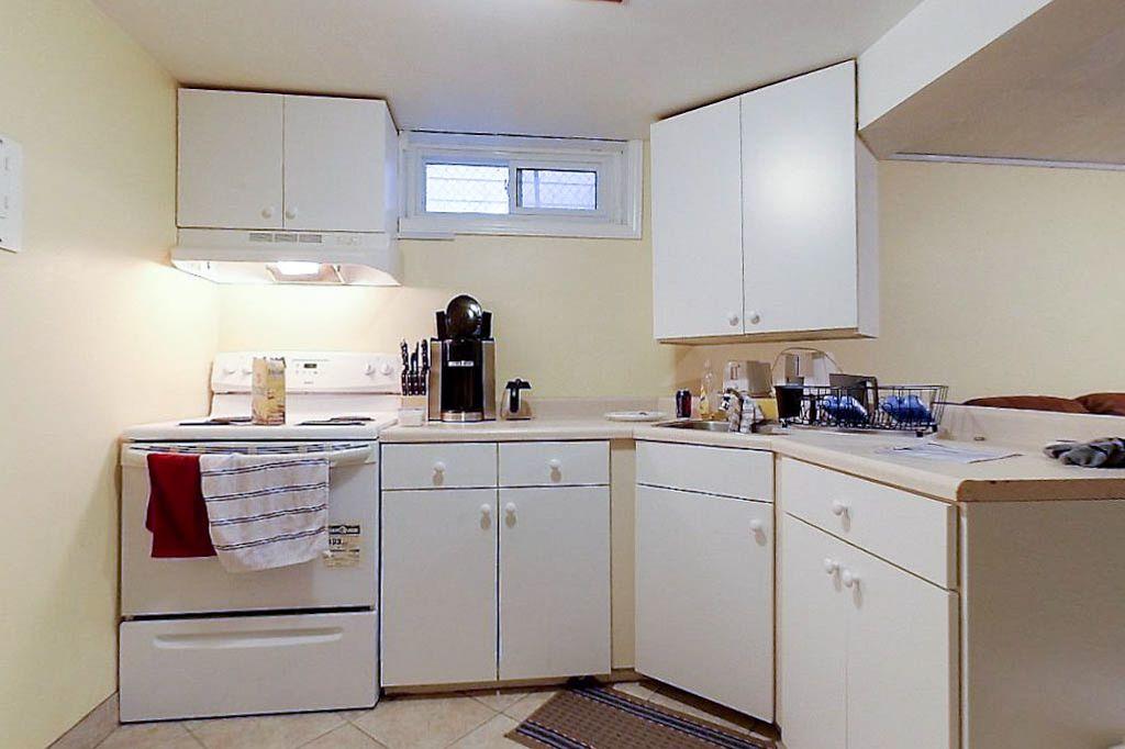 42 Amos - Lower unit - Kitchen