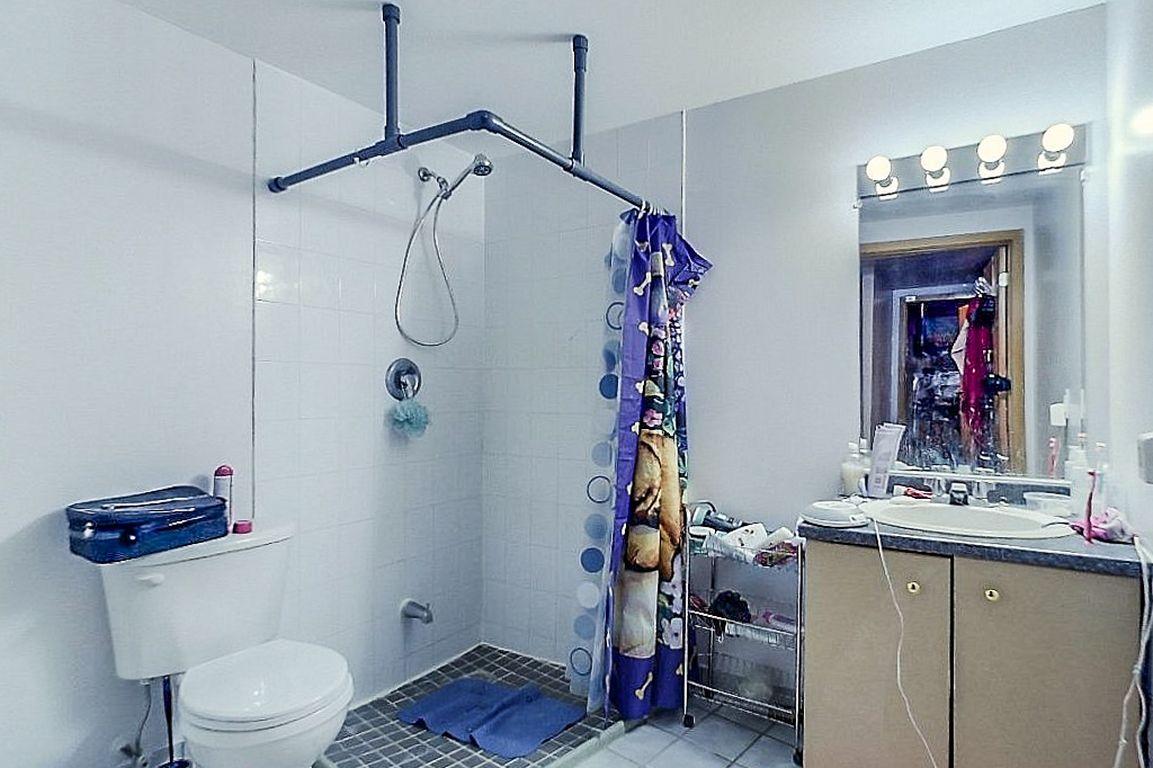 Unit 7 - Shower 1 of 2