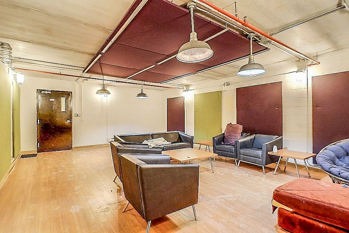 12 Bridgeport - Lounge for building other