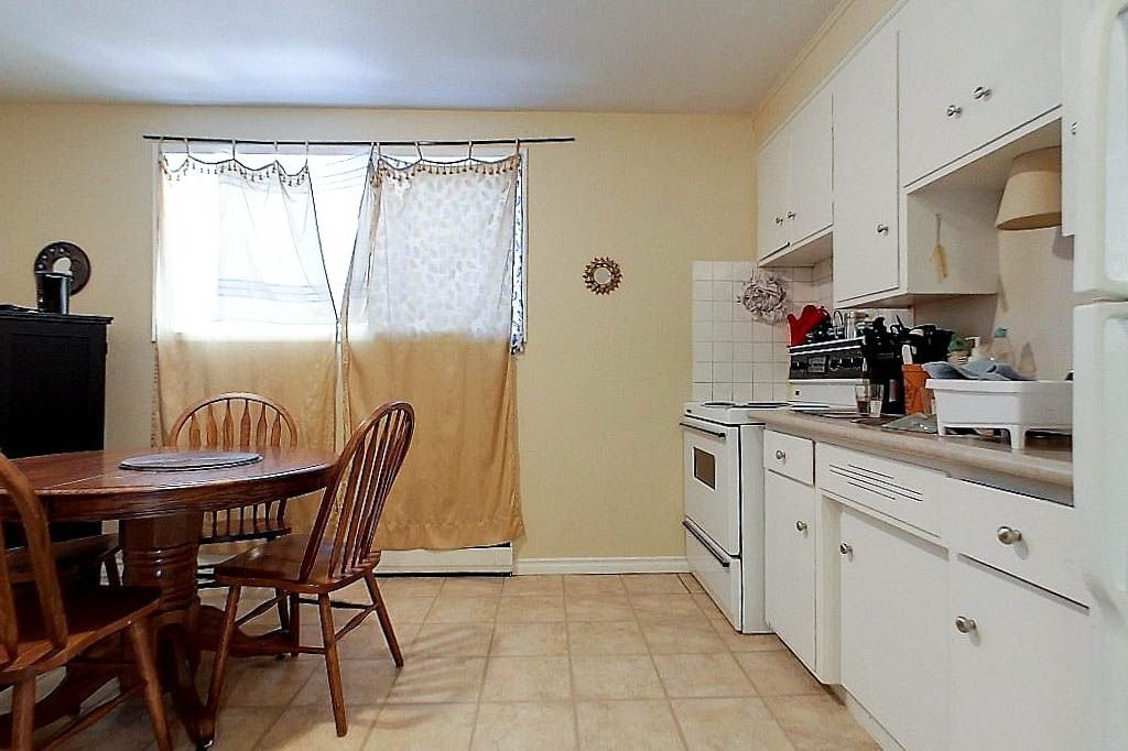 Unit 2 - Kitchen
