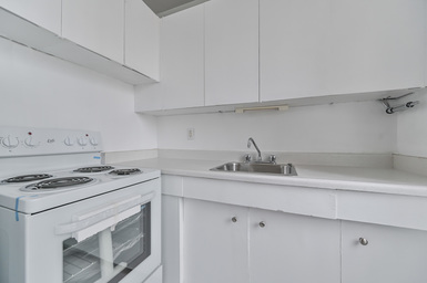 Apartment Building For Rent in  48 Isabella Street, Toronto, ON
