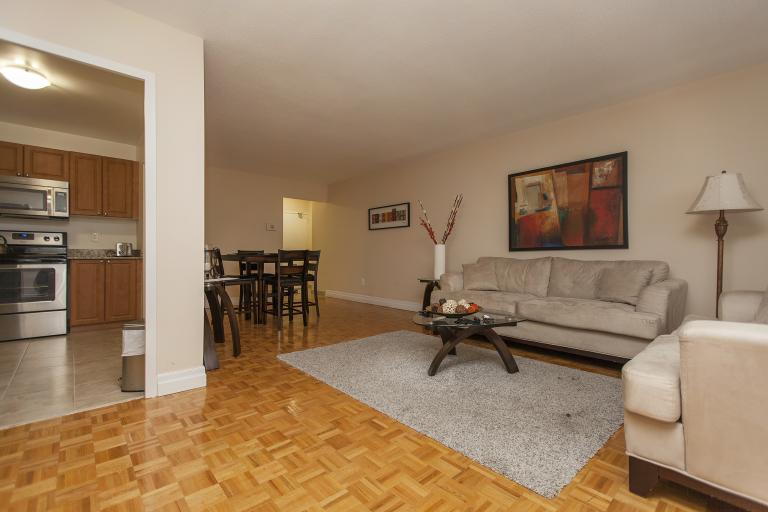 Wondrous Toronto Apartments For Rent Homestead Home Remodeling Inspirations Cosmcuboardxyz