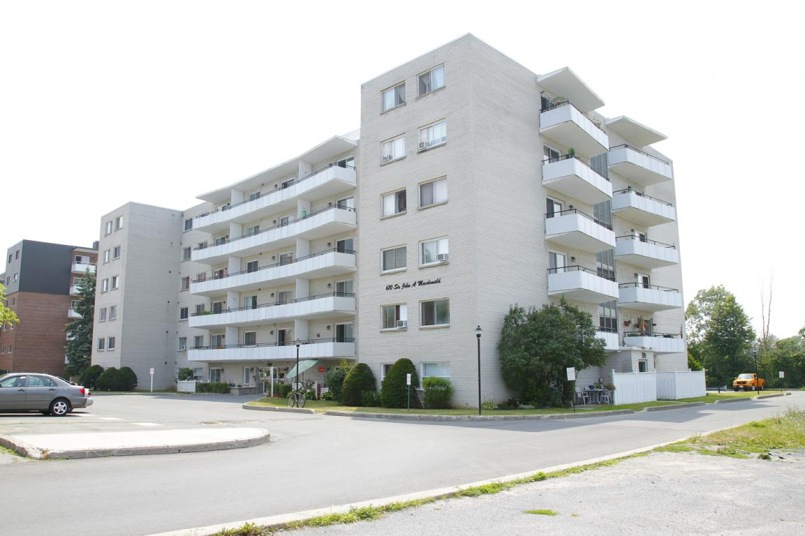 Kingston 2 bedroom Apartment