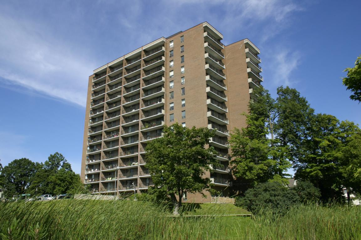 Ottawa South Apartment For Rent