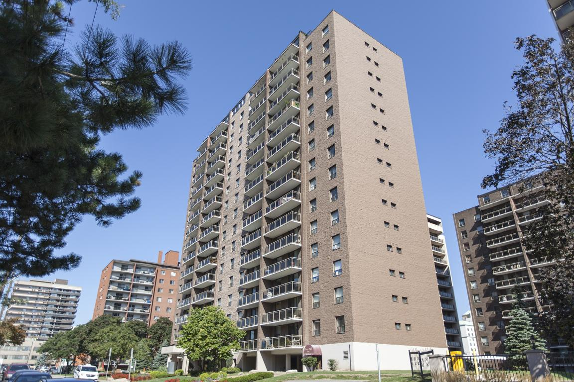 Hamilton Apartment for rent, click for more details...