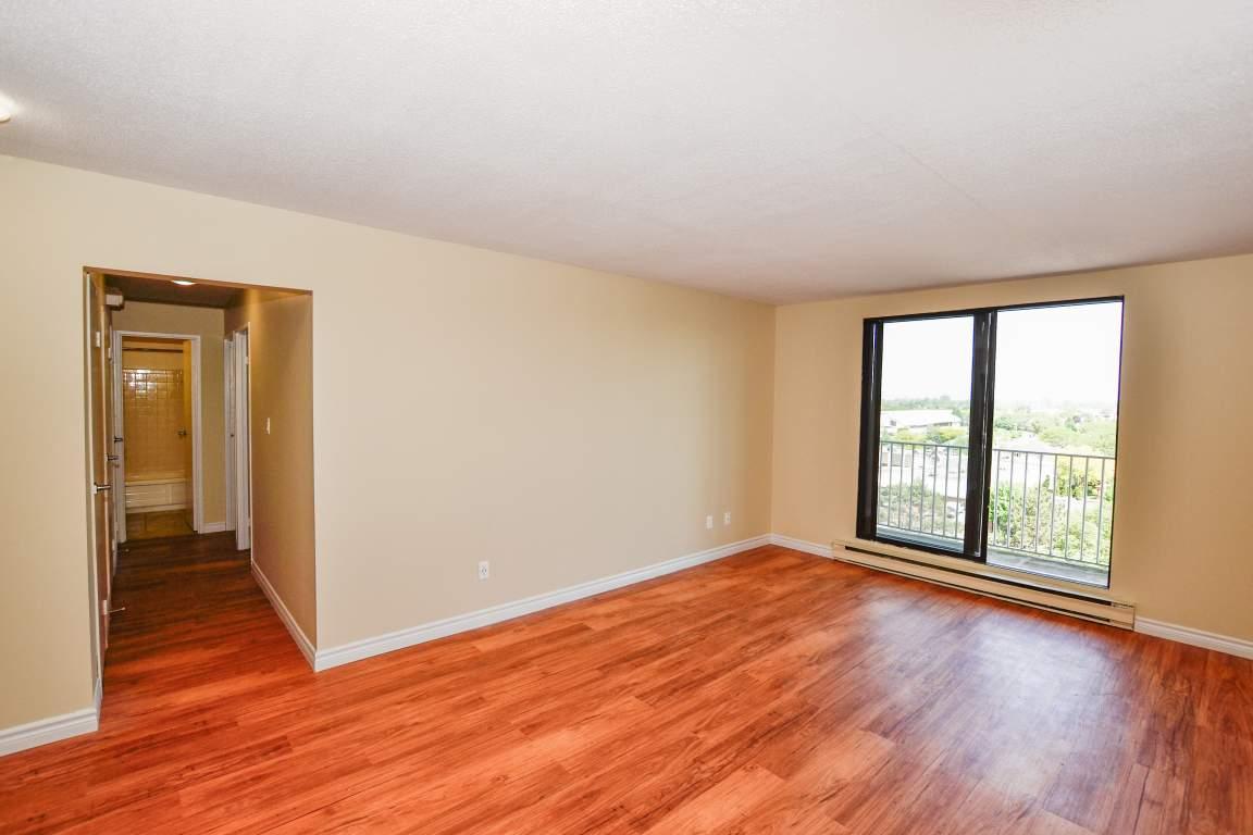 Sarnia Apartment