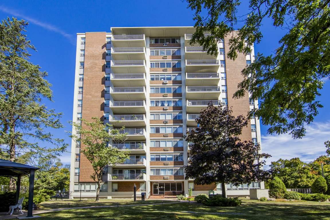 Oakville Ontario Apartment For Rent
