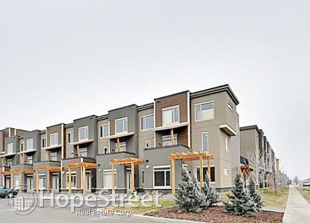 Calgary North West 2 bedroom Townhouse For Rent