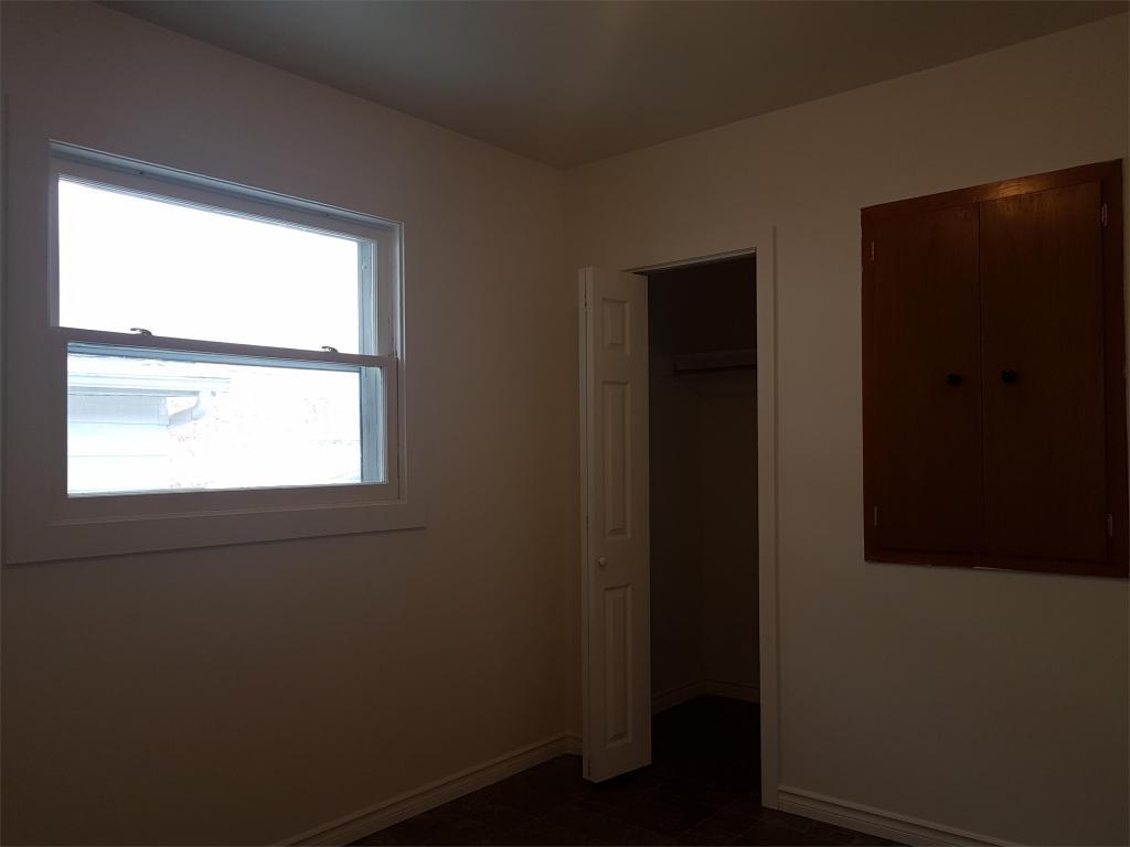 773 Elphinstone Street