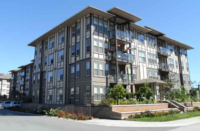 Langley Apartment for rent, click for more details...