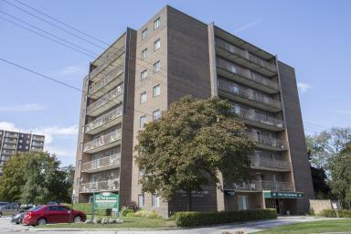 Clair Oak Apartments