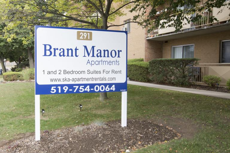 Brant Manor Apartments