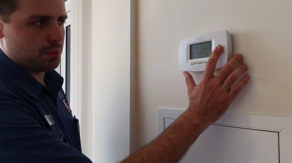 KG Better living: How to change your Thermostat