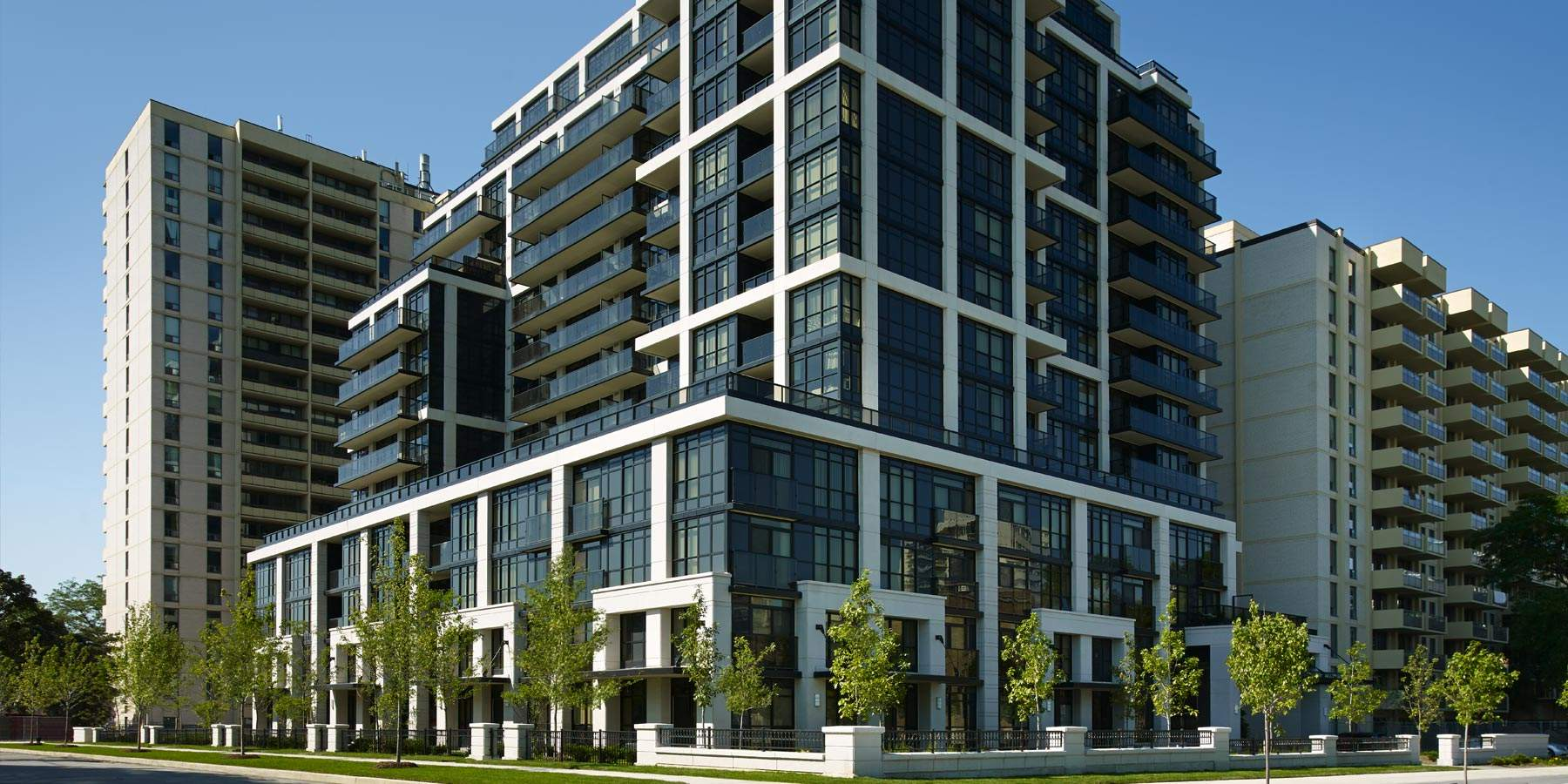 KG Group Roehampton Brand New Luxury Condo Rental Suites Yonge and Eglinton