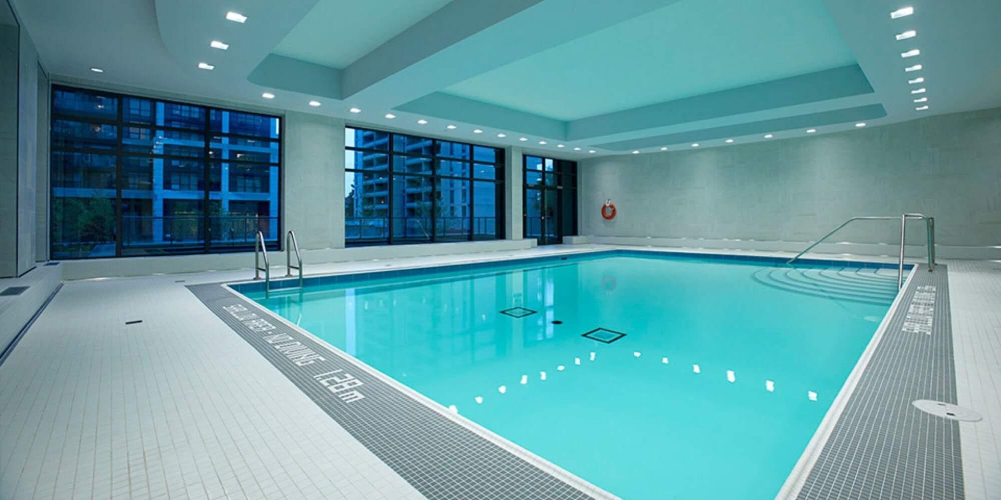 KG Hampton House Indoor Pool