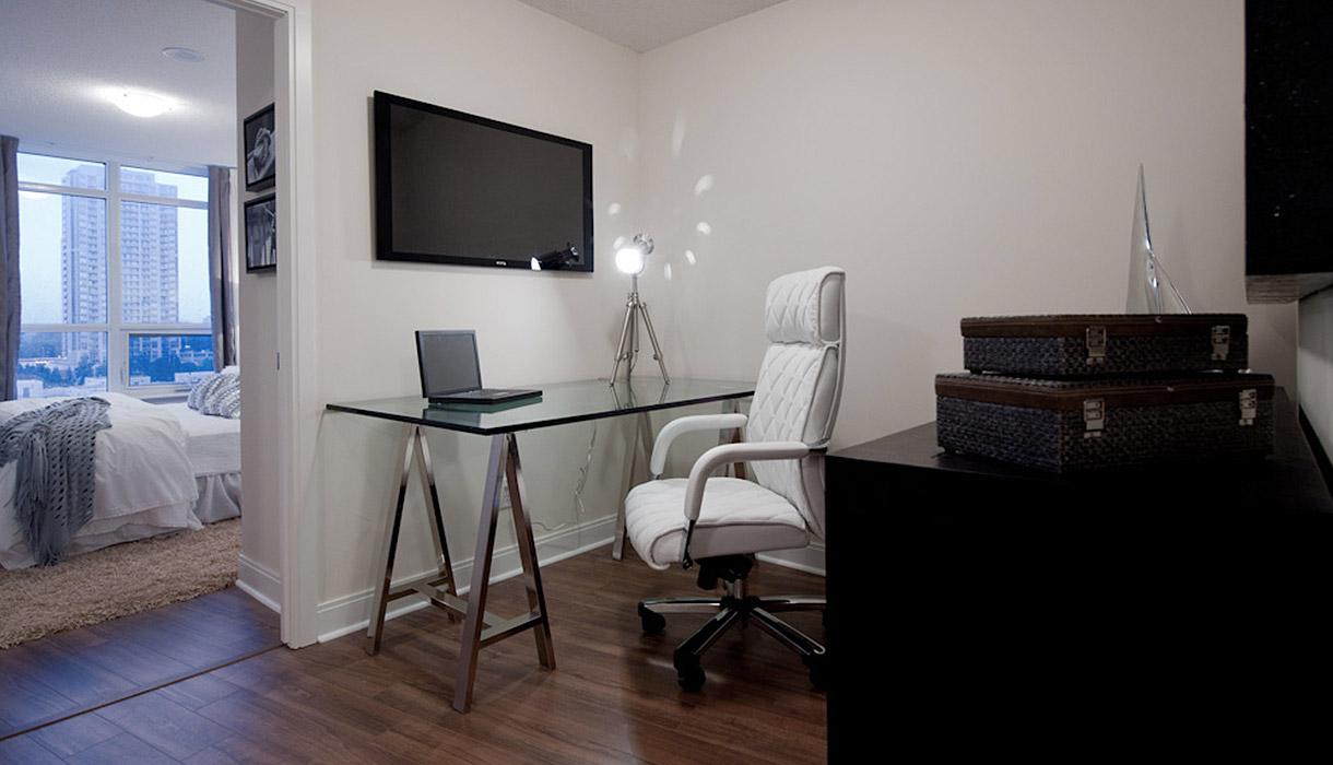 KG Harrison Luxury Model Suite Office