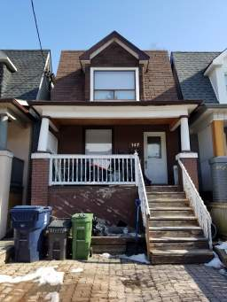 Home For Rent in  147 Day Avenue, Toronto, ON