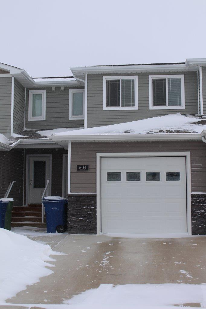 Moose Jaw Townhouse for rent, click for more details...