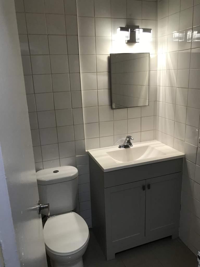 Designer inspired bathroom