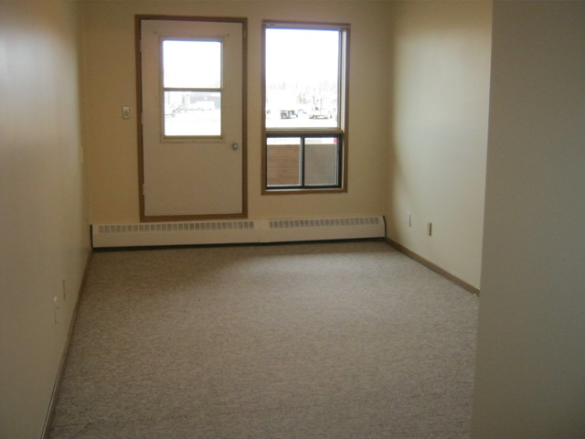 Slave Lake 3 bedroom Apartment