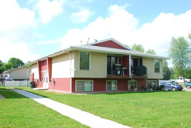 Home For Rent in  122 Mount Pleasant Drive, Camrose, AB