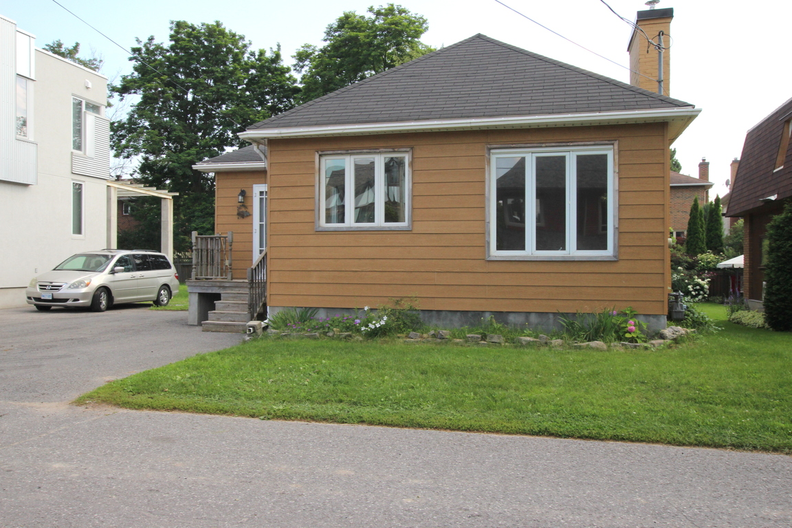 Ottawa West 3 Bedrooms House For Rent Ad ID