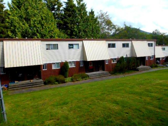 Prince rupert apartments townhouses macro properties for Cedar ridge storage