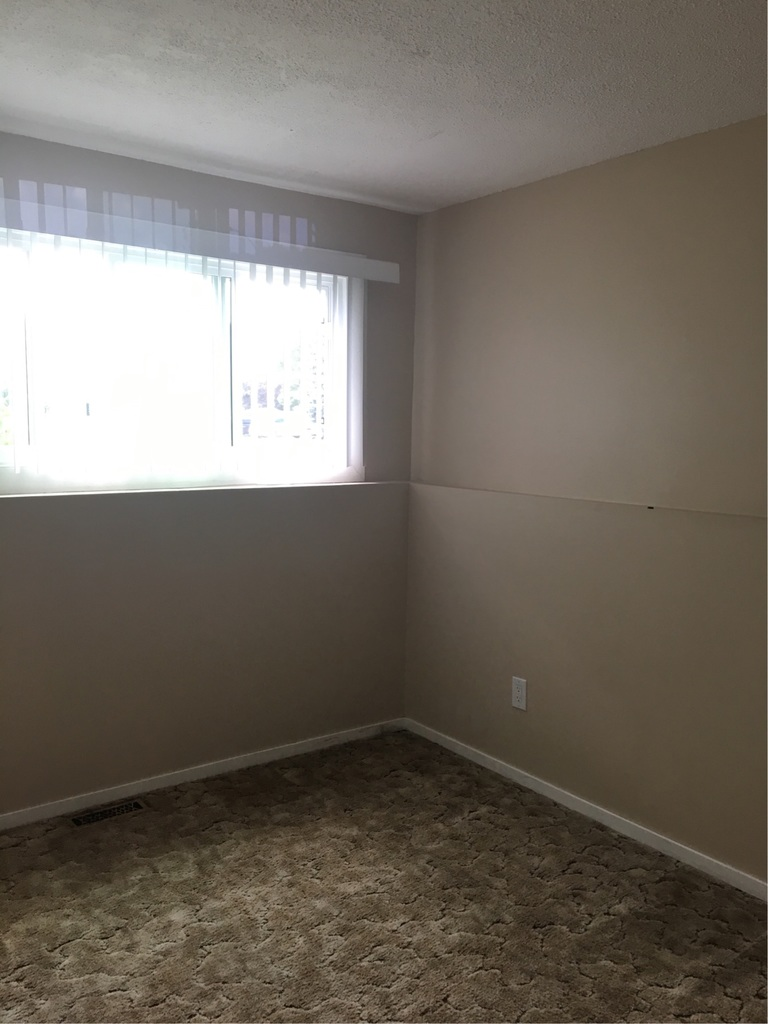 Red Deer Alberta Apartment for rent, click for details...