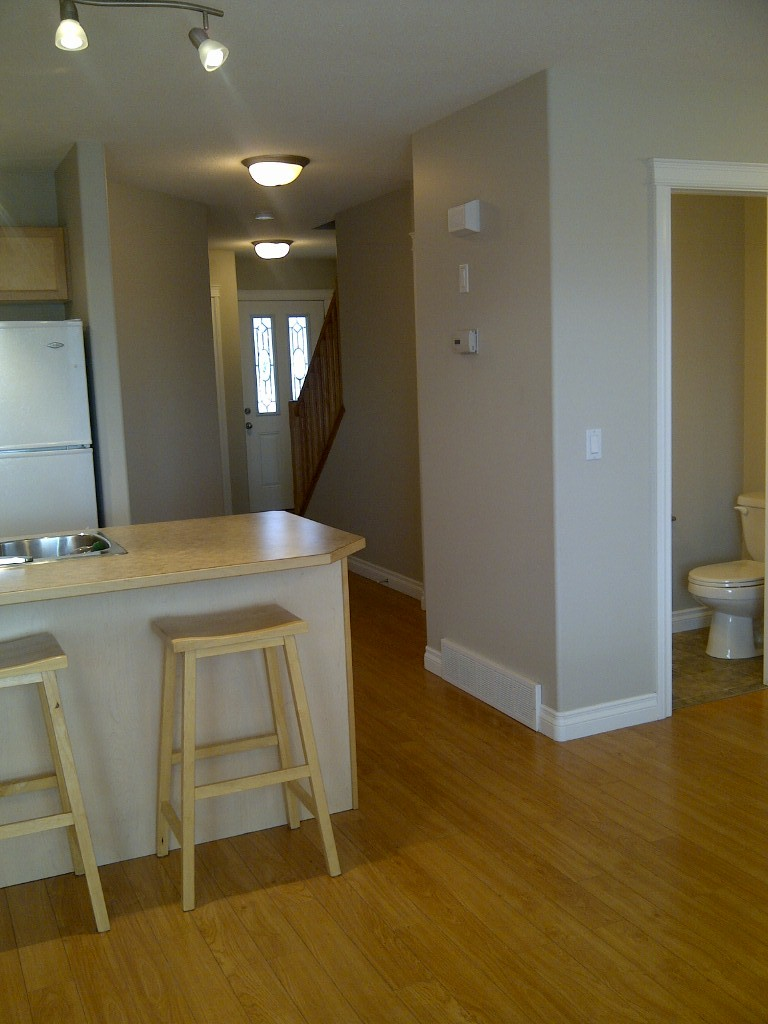 Bowden Townhouse for rent, click for more details...