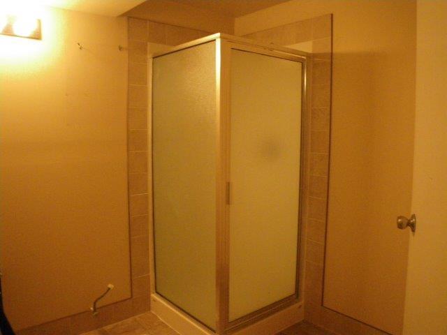 Red Deer 3 chambre à coucher Duplex À louer