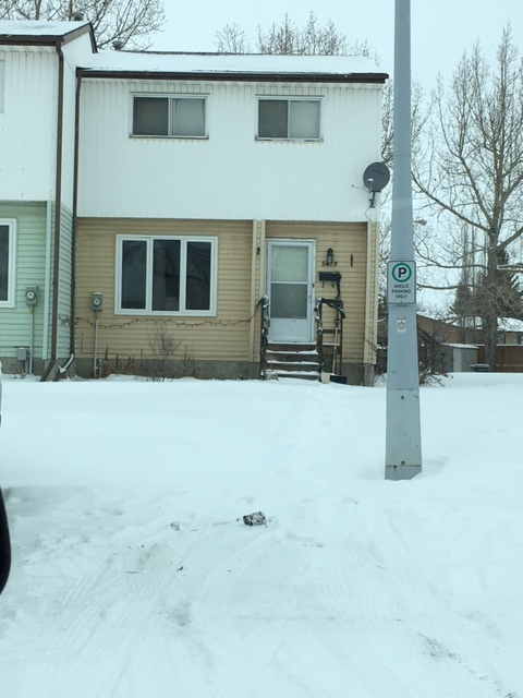 Olds Duplex for rent, click for more details...