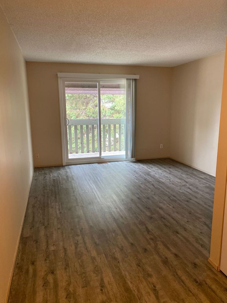 Lacombe Appartement pour le loyer, cliquer pour plus de détails...