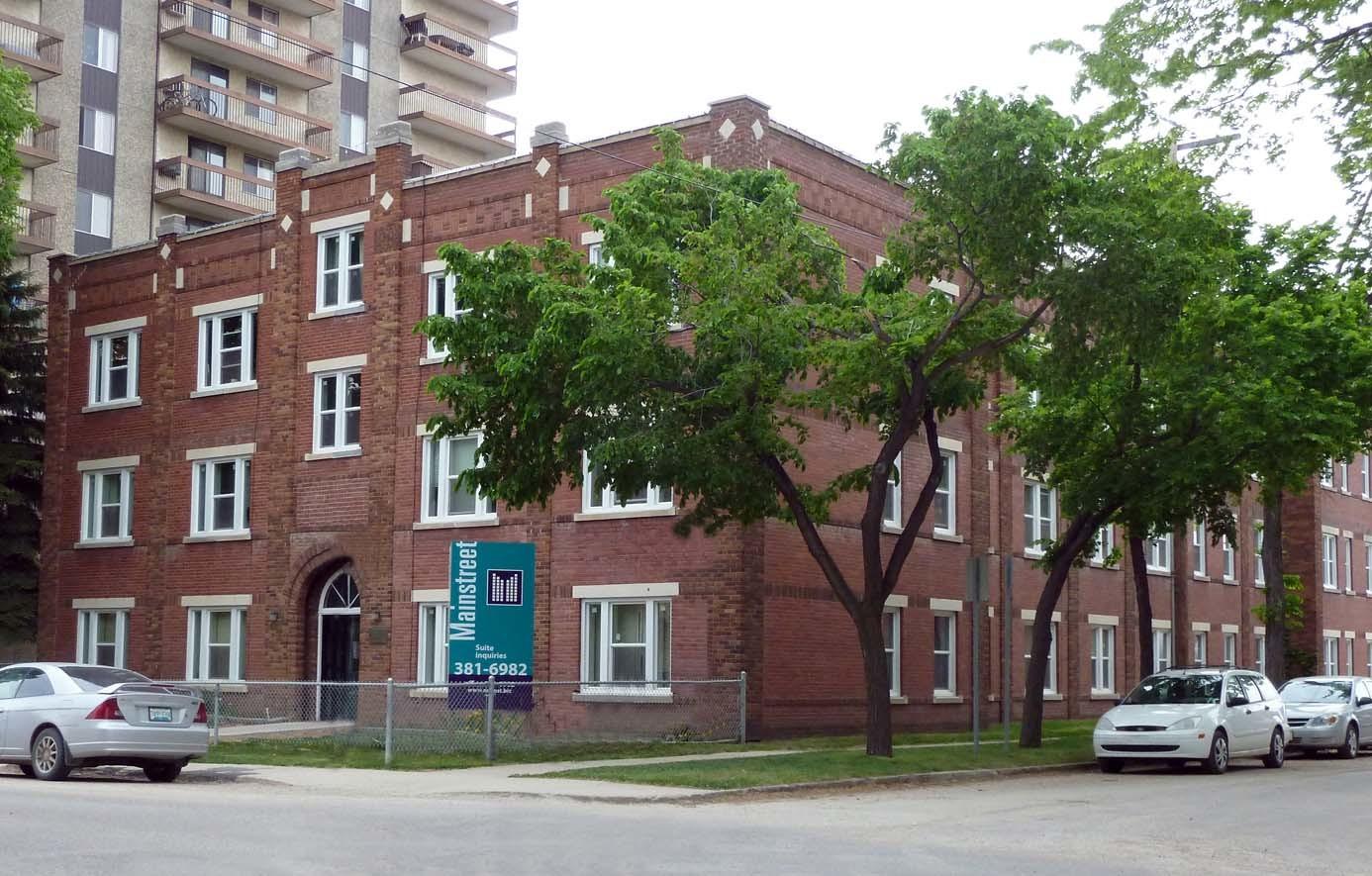 445 3 Avenue North, Saskatoon, SK - $750