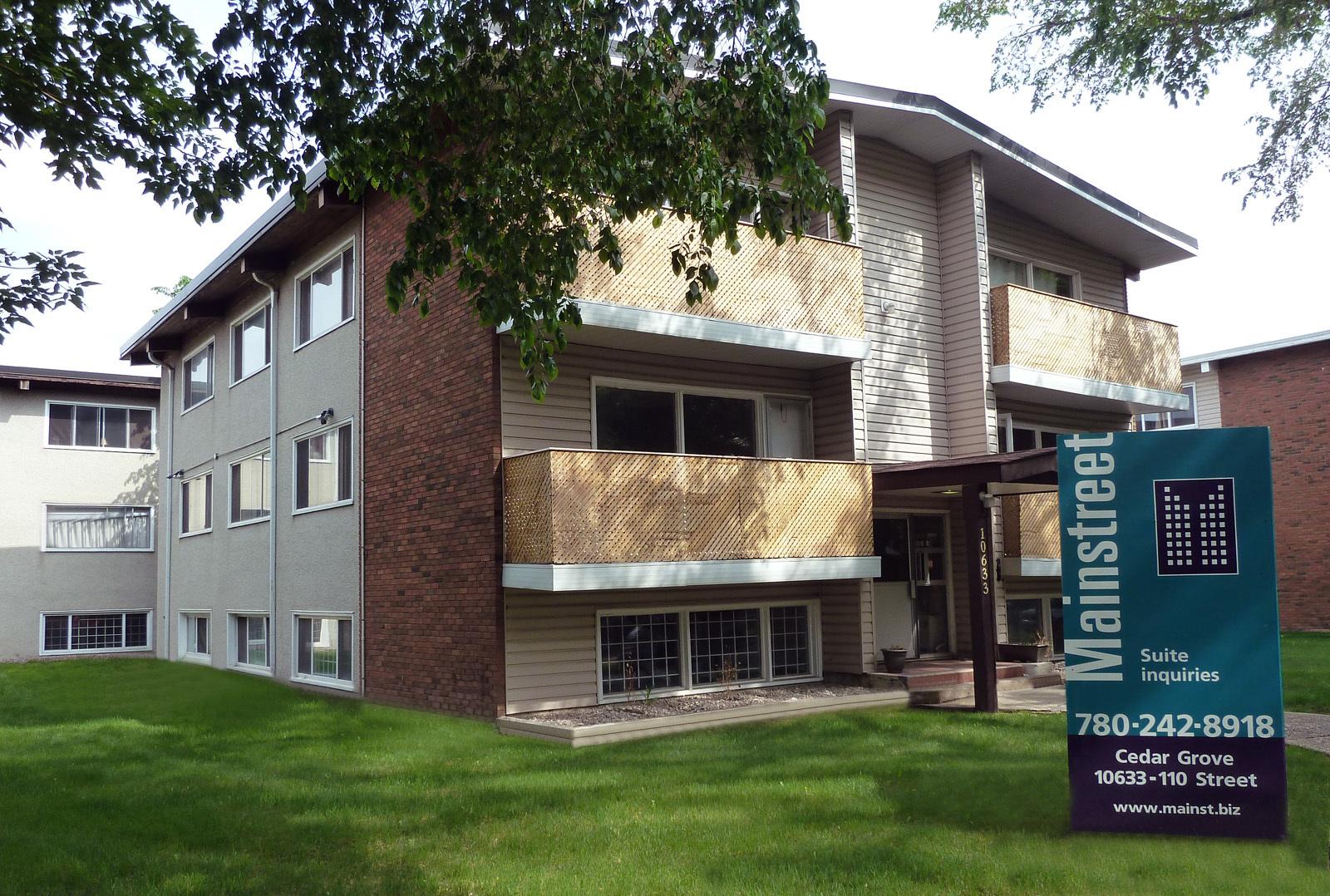10633 110 Street NW, Edmonton, AB - $799