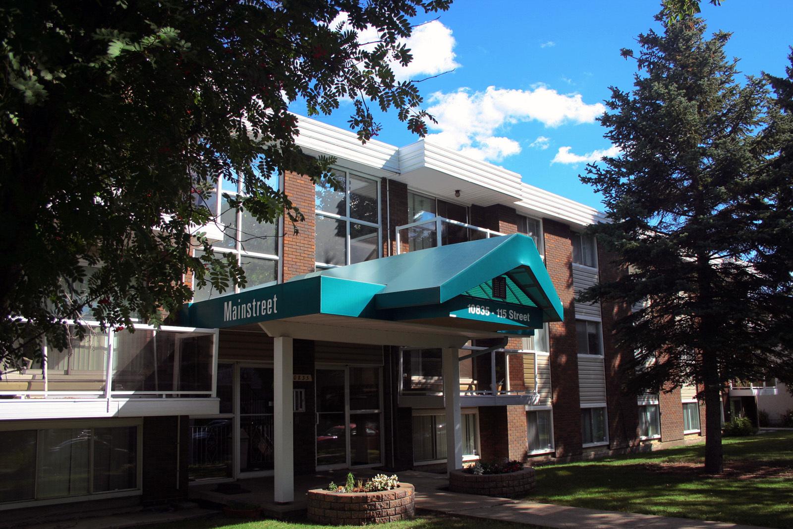 10835 115 Street NW, Edmonton, AB - $750