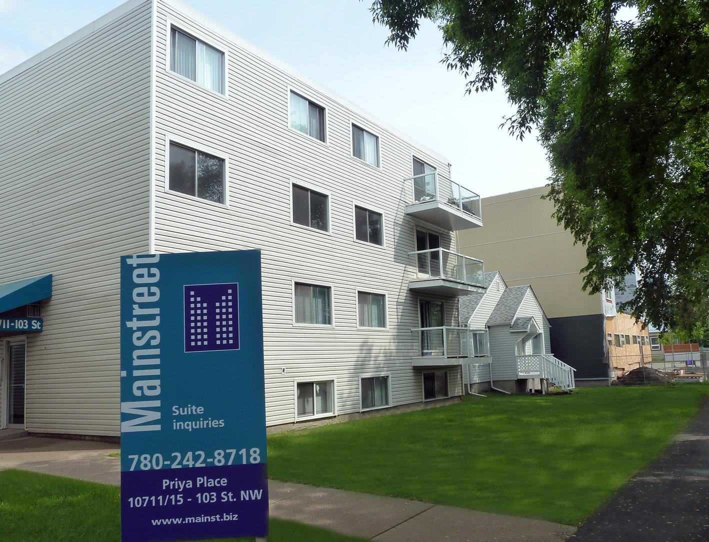 10711 103 Street NW | 10715 103 Street NW, Edmonton, AB - $775