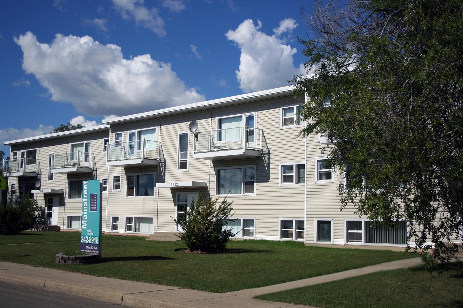 13608 109A Avenue NW, Edmonton, AB - $1,120