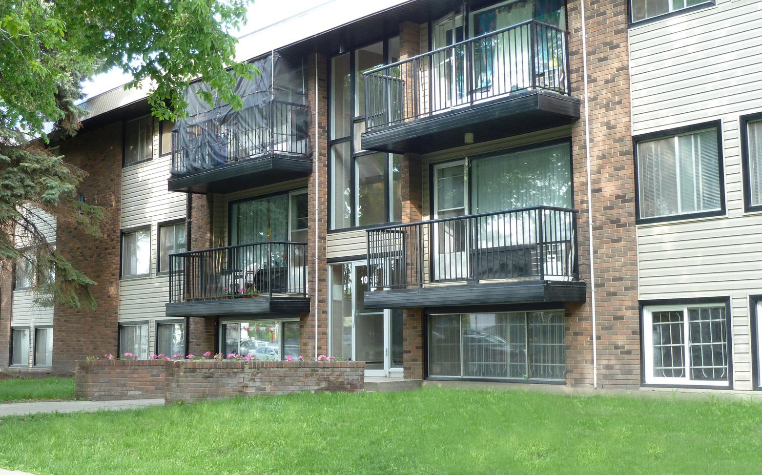10633 111 Street NW, Edmonton, AB - $770