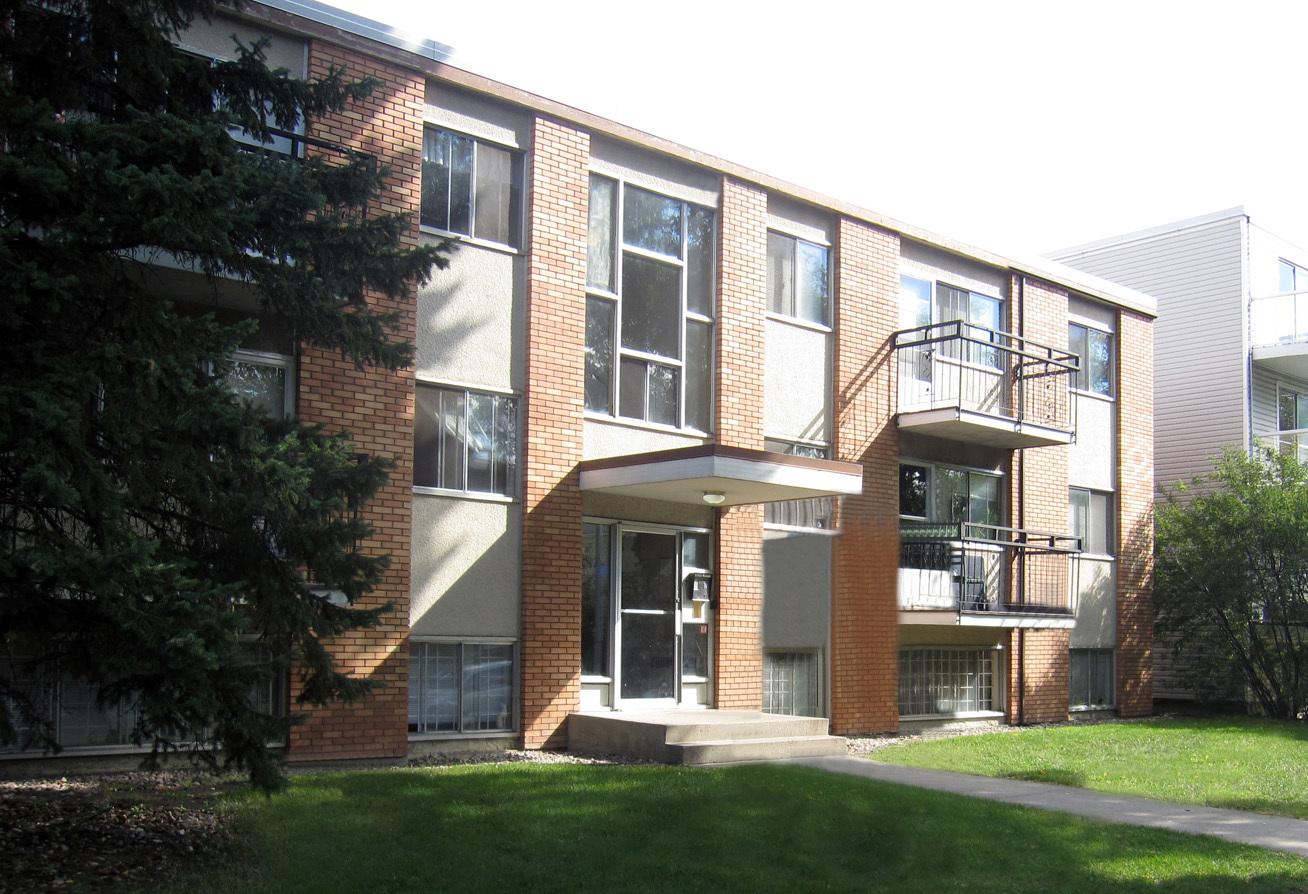 10727 103 Street NW, Edmonton, AB - $799
