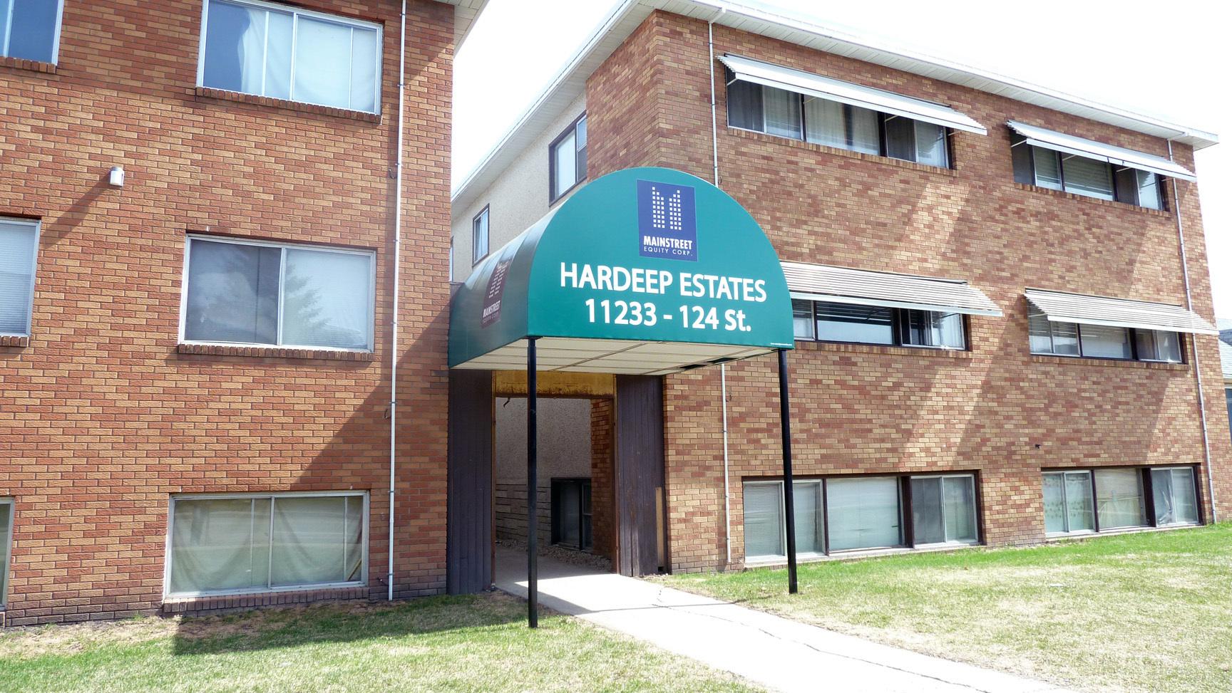 11233 124 Street NW, Edmonton, AB - $825