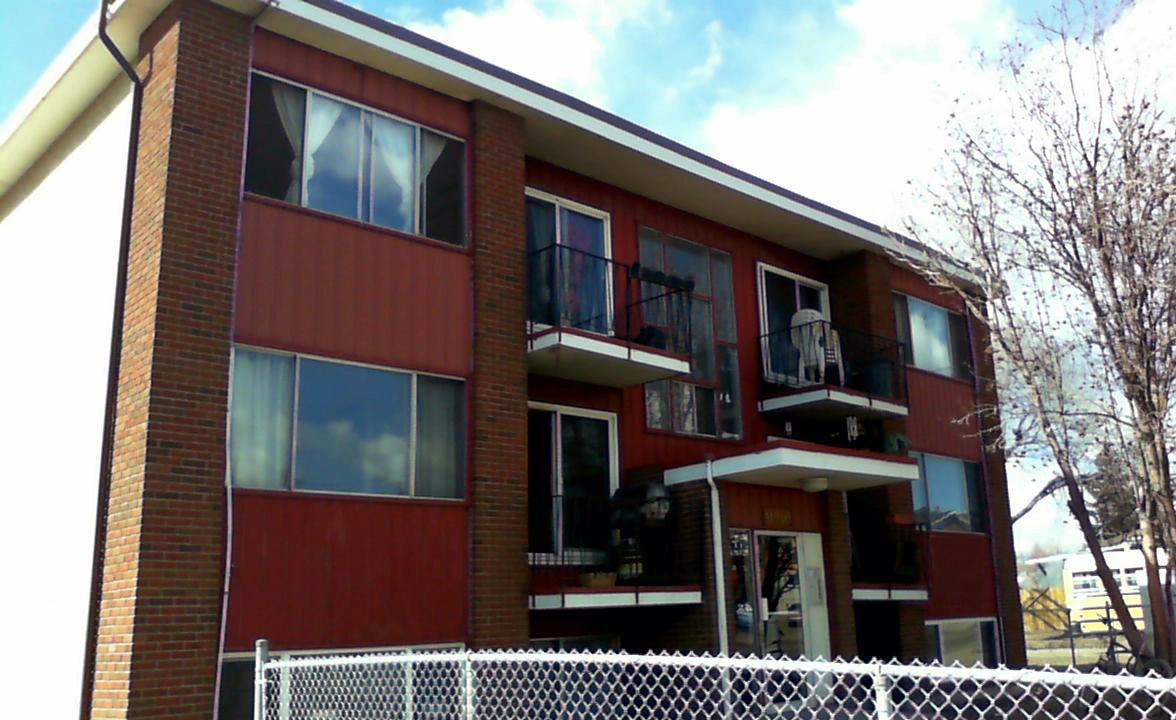 11940 82 Street NW, Edmonton, AB - $820 CAD/ month