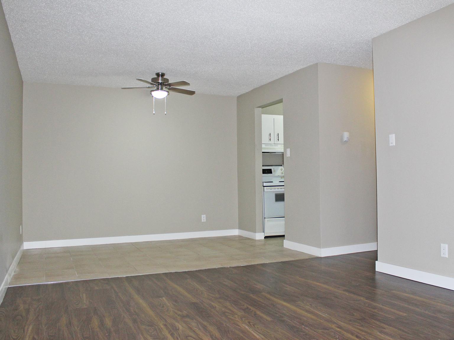 11848 87 Street NW, Edmonton, AB - $850