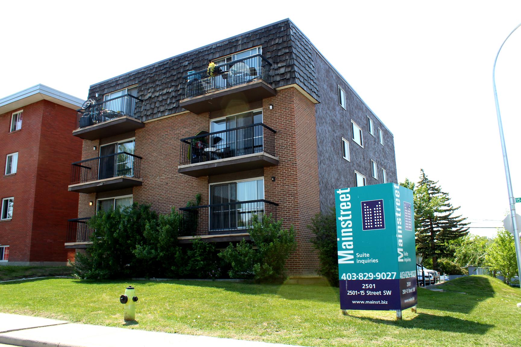 2501 15 Street SW, Calgary, AB - $1,325 CAD/ month