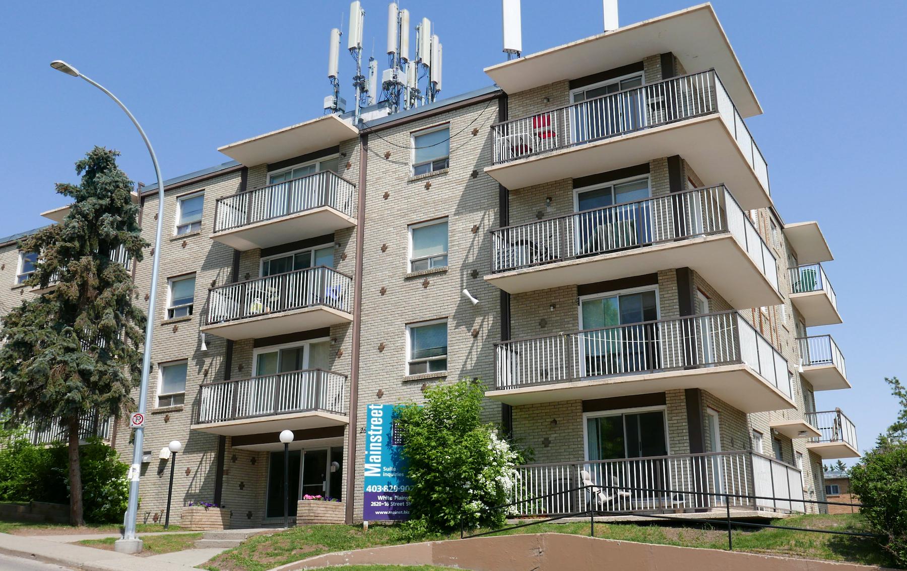 2620 16 Street SW, Calgary, AB - $1,025