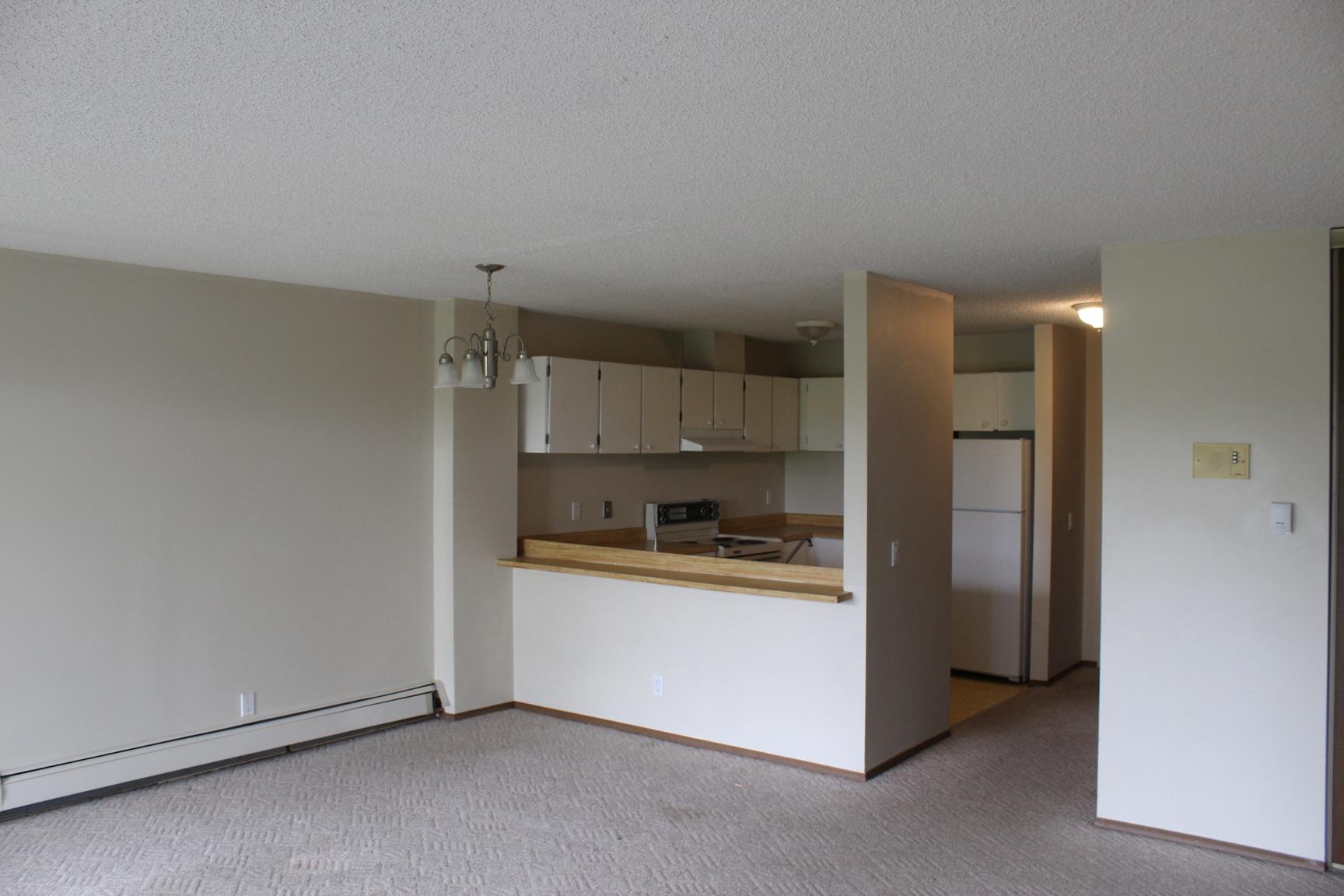 2416 14A street SW, Calgary, AB - $1,300
