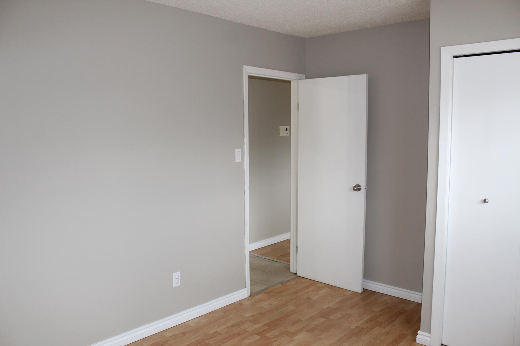 135 Avenue W South, Saskatoon, SK - 699 CAD/ month