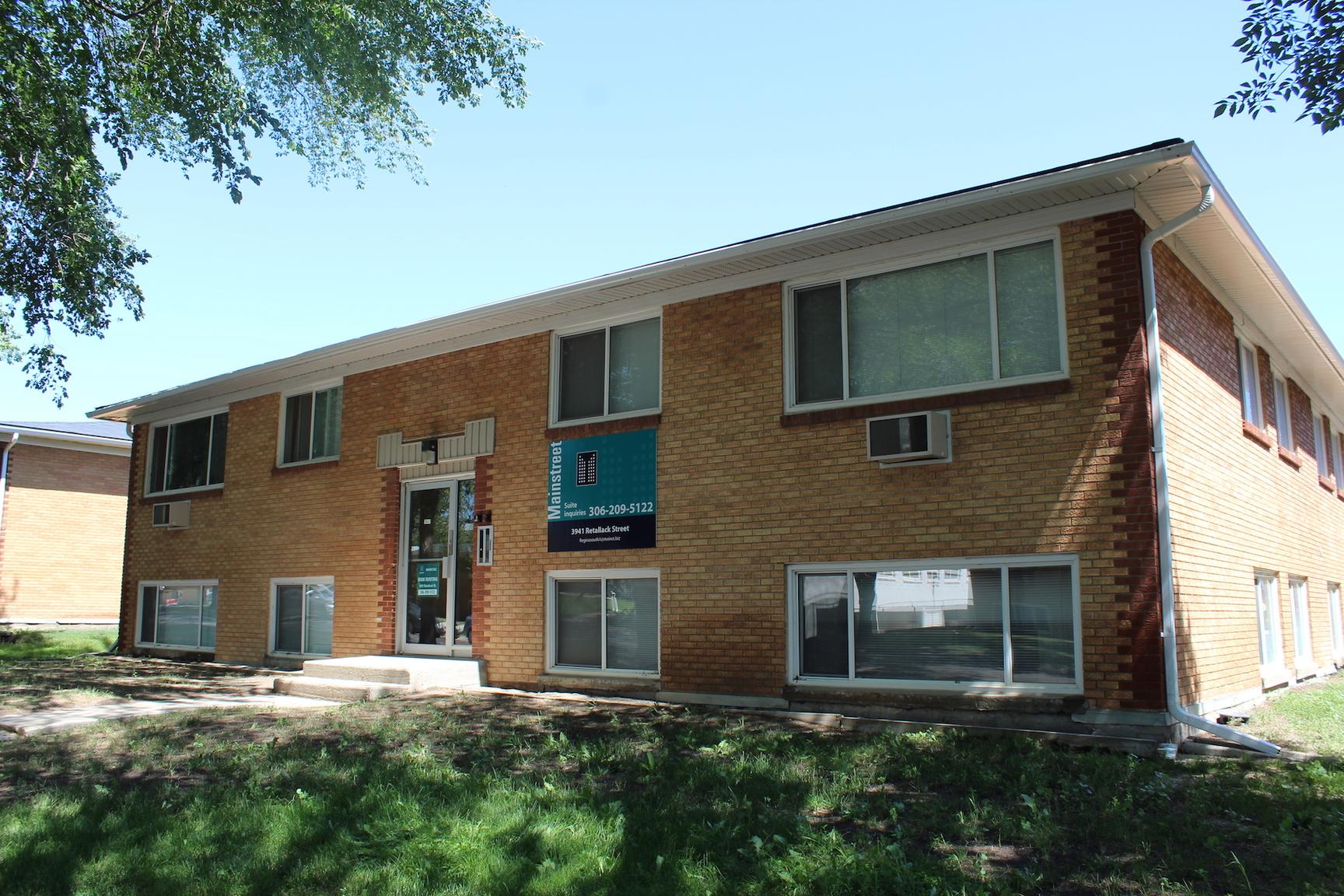 3941 Retallack Street, Regina, SK - $854