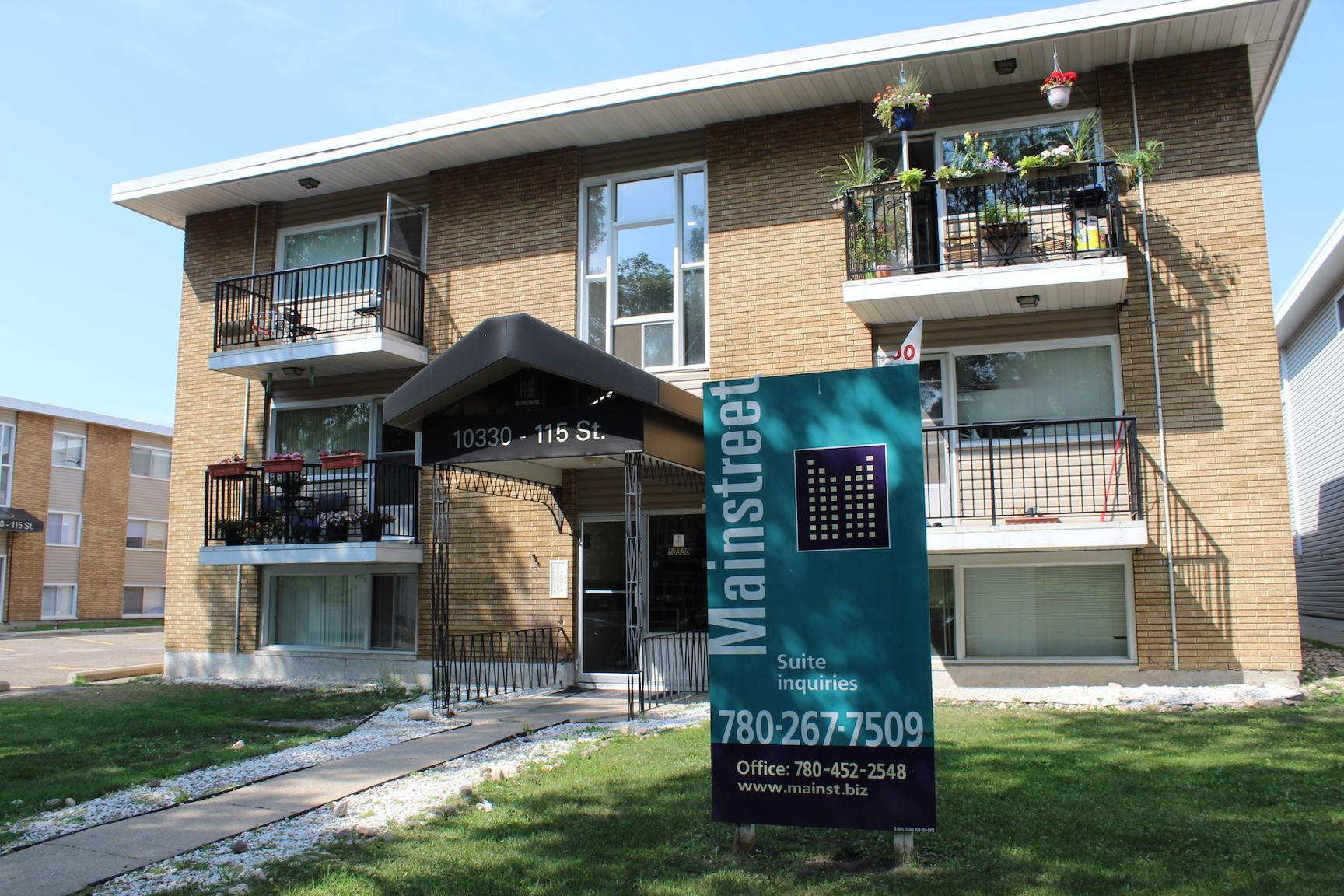 10330 115 St NW, Edmonton, AB - $799