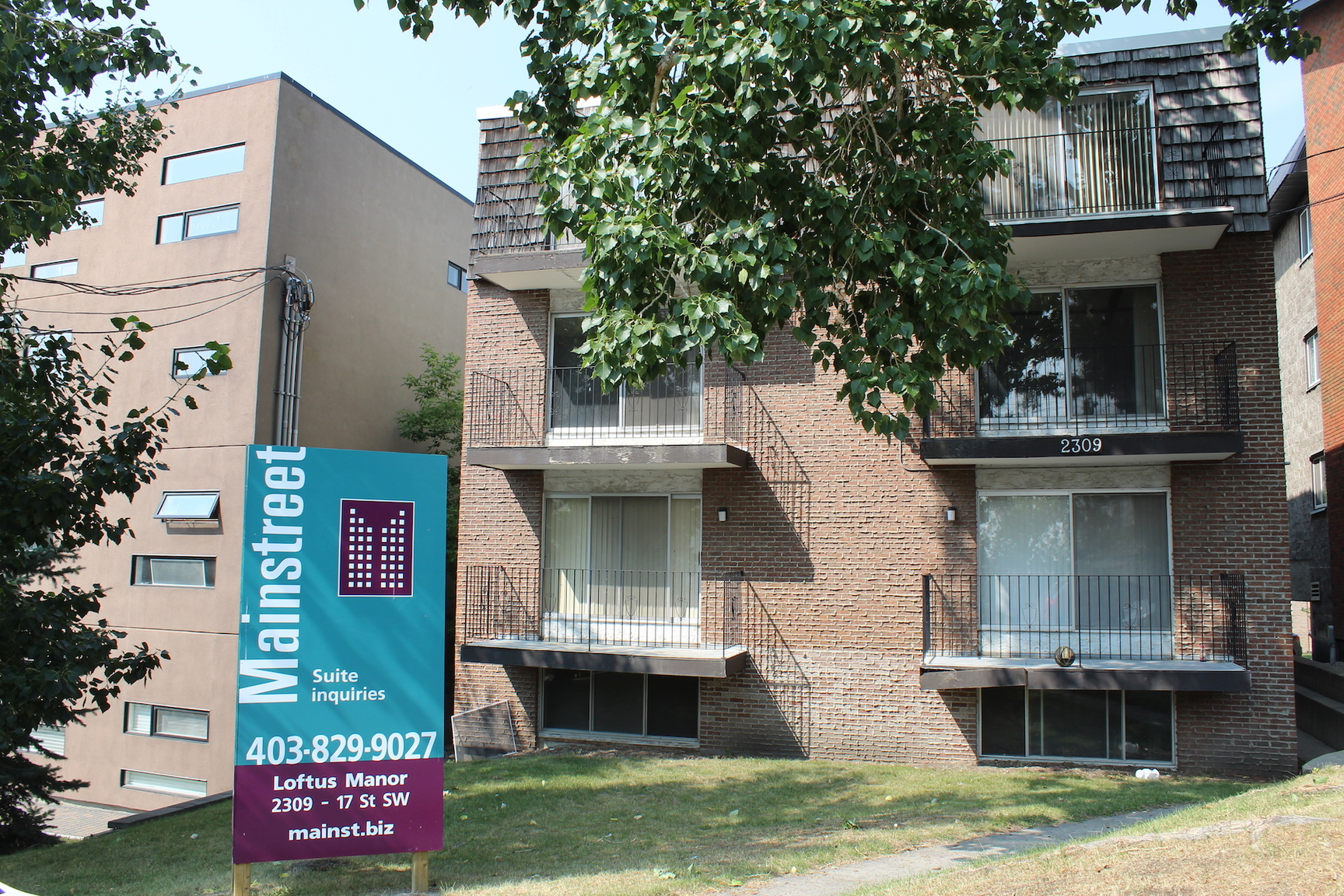 2309 17 Street SW, Calgary, AB - $950 CAD/ month